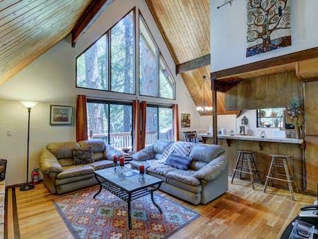 Lake Arrowhead Cabin Rentals Vacation Rentals Vacasa