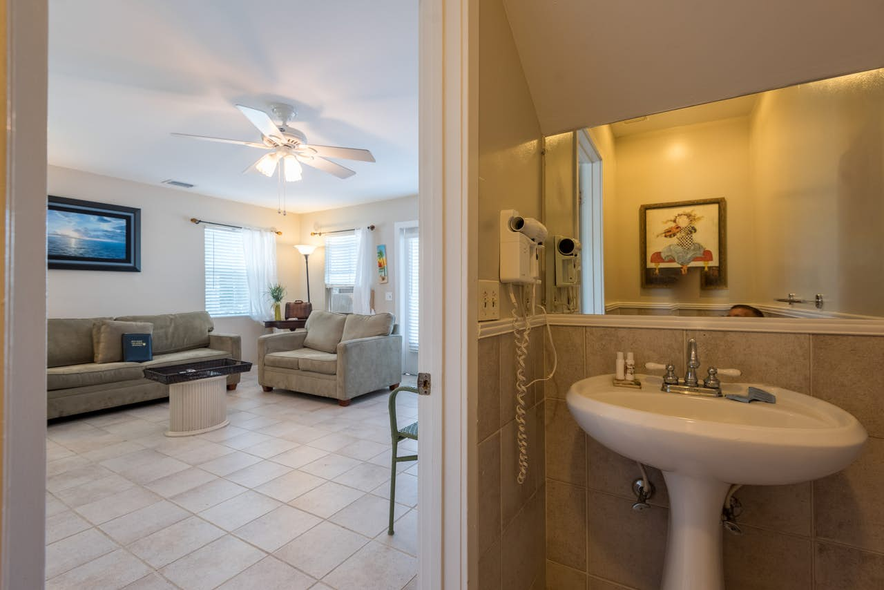 Casa Bonita @ Duval Square R1 | 2 BD Vacation Rental in Key West, FL ...