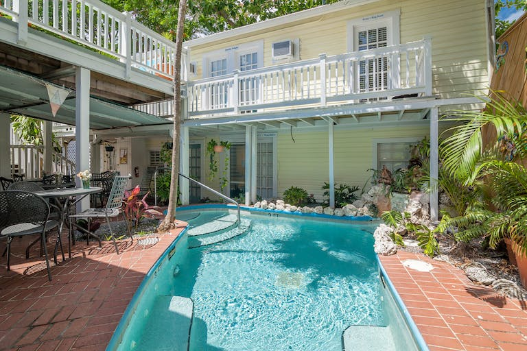 inn florida bed deals fl breakfast key and hotel west us in duval