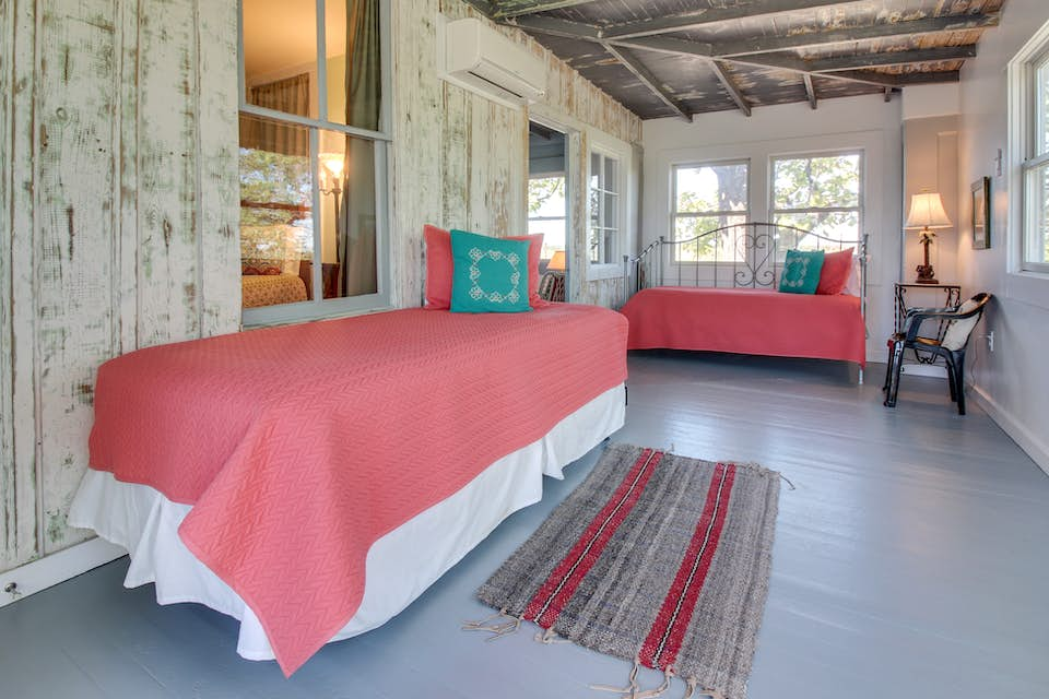 White Dairy Guesthouse | 4 BD Vacation Rental in Fredericksburg, TX ...