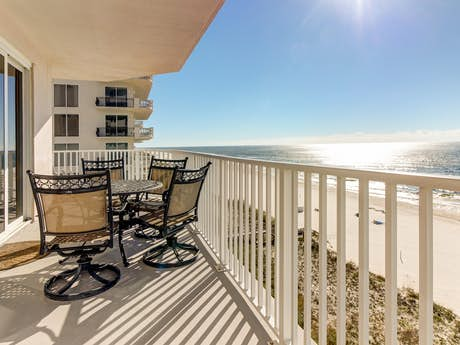 Awe Inspiring Pensacola Vacation Rentals Vacation Homes Beach Houses Interior Design Ideas Philsoteloinfo