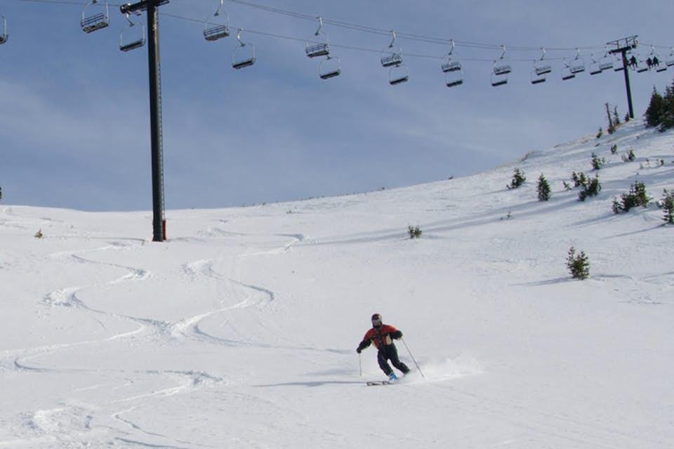 Brianwood 4 1 bd vacation rental in brian head ut vacasa for Brian head ski resort cabin rental