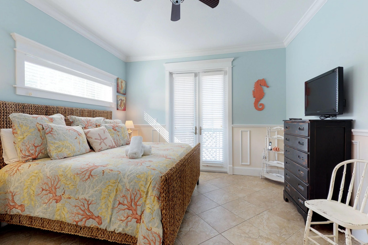 Minnie Cottage 3 Bd Vacation Rental In Holmes Beach Fl