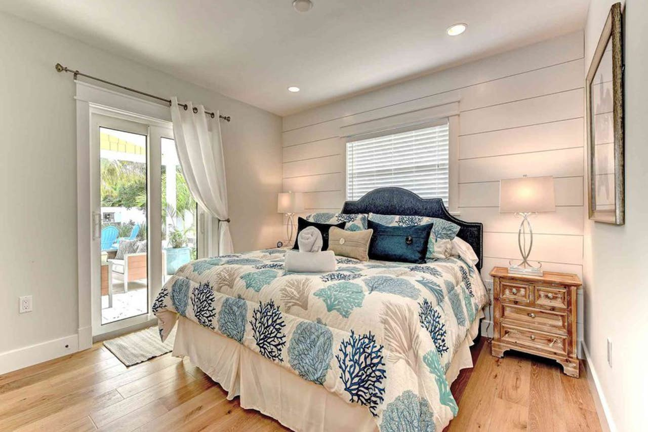 Pineapple Cottage 4 Bd Vacation Rental In Anna Maria Fl