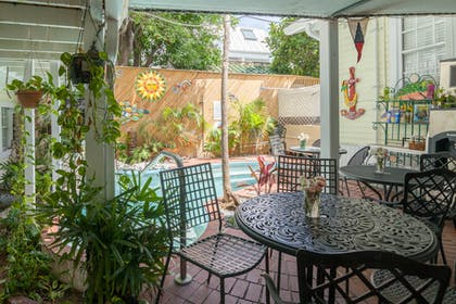 add to favorites - Garden House Key West