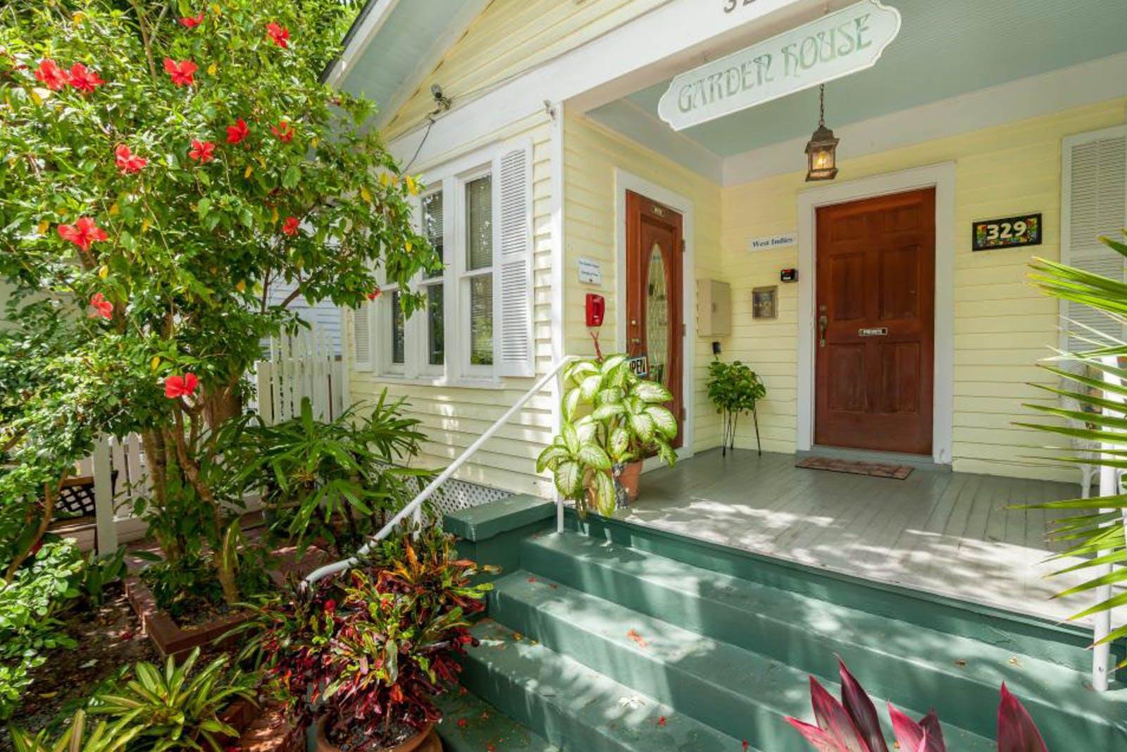 add to favorites - Garden House