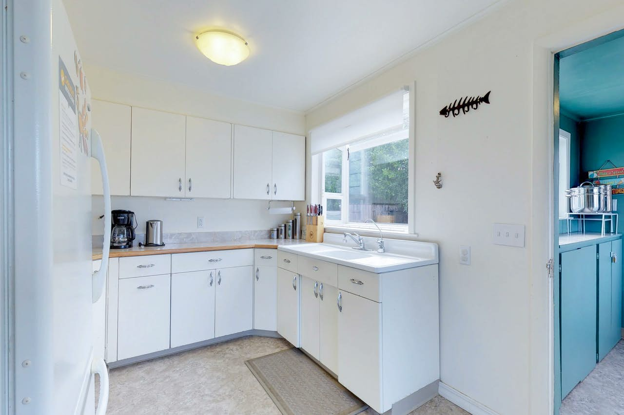 Sunset Point | 3 BD Vacation Rental in Coos Bay, OR | Vacasa
