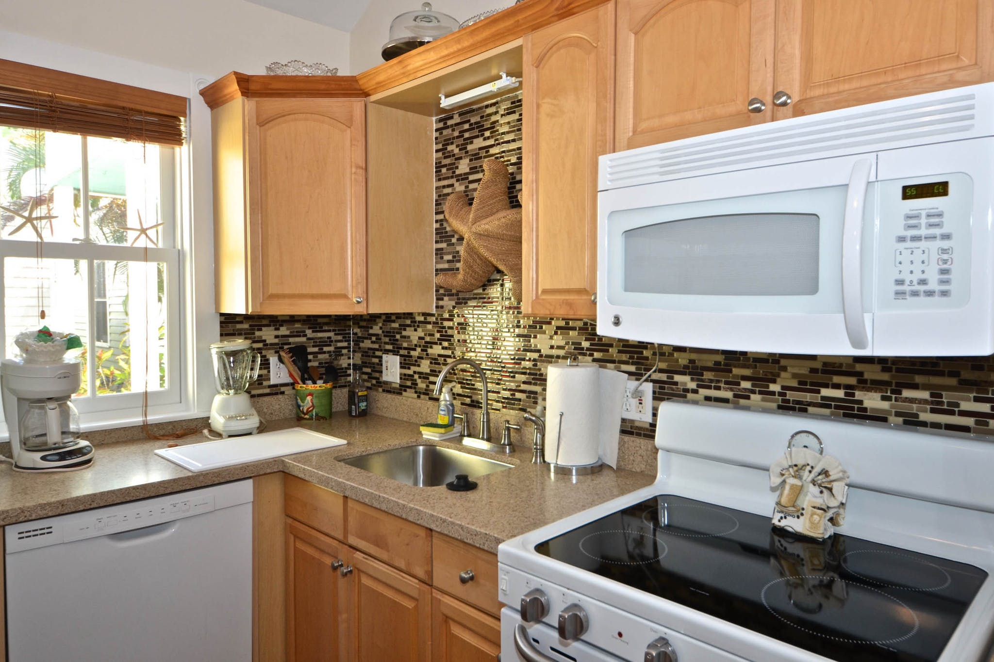 RENT Sunshine House - New Monthly Rental! | Key West Vacation Rental
