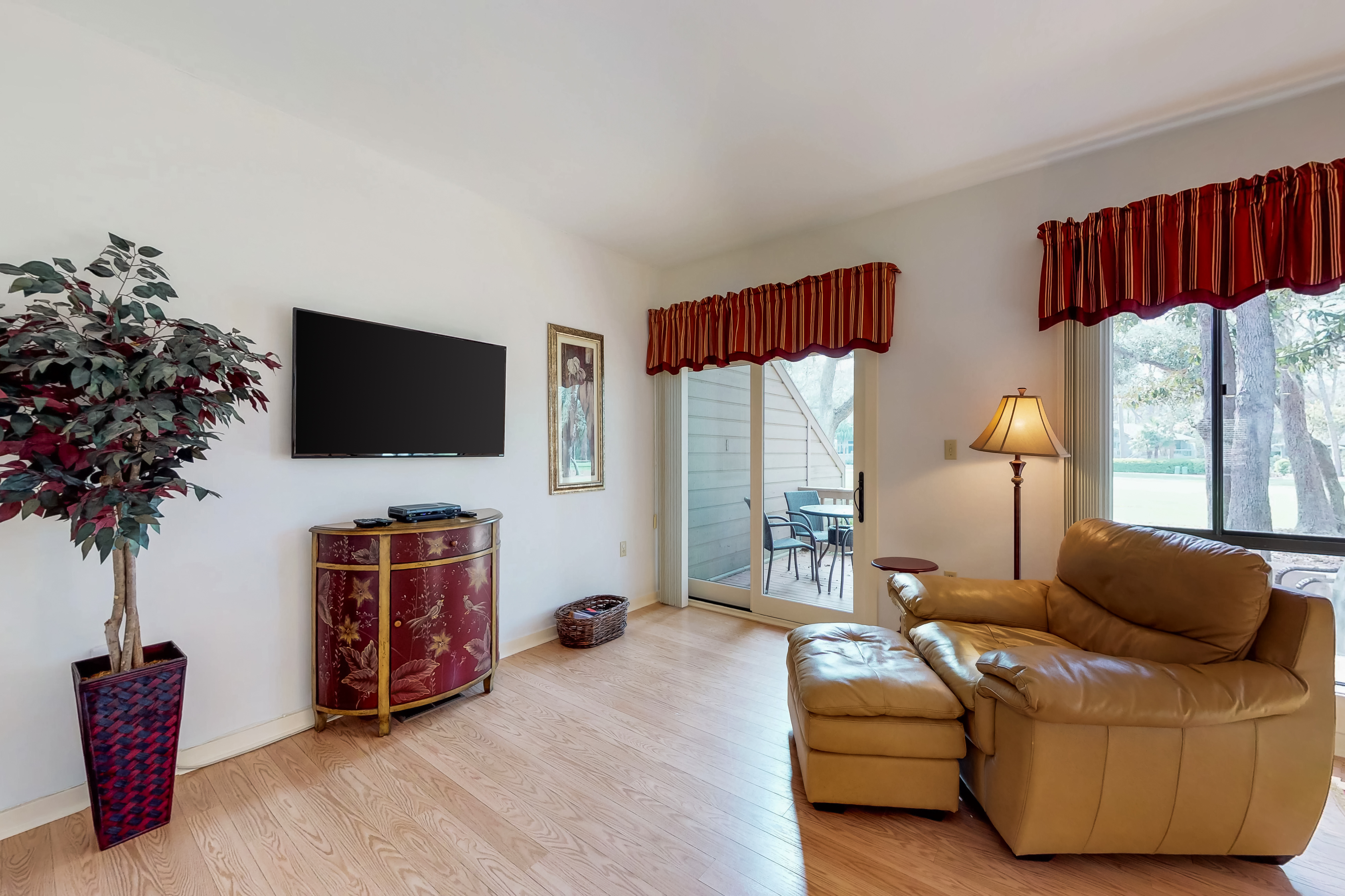 Gleneagle Green 2534 | Photo 3