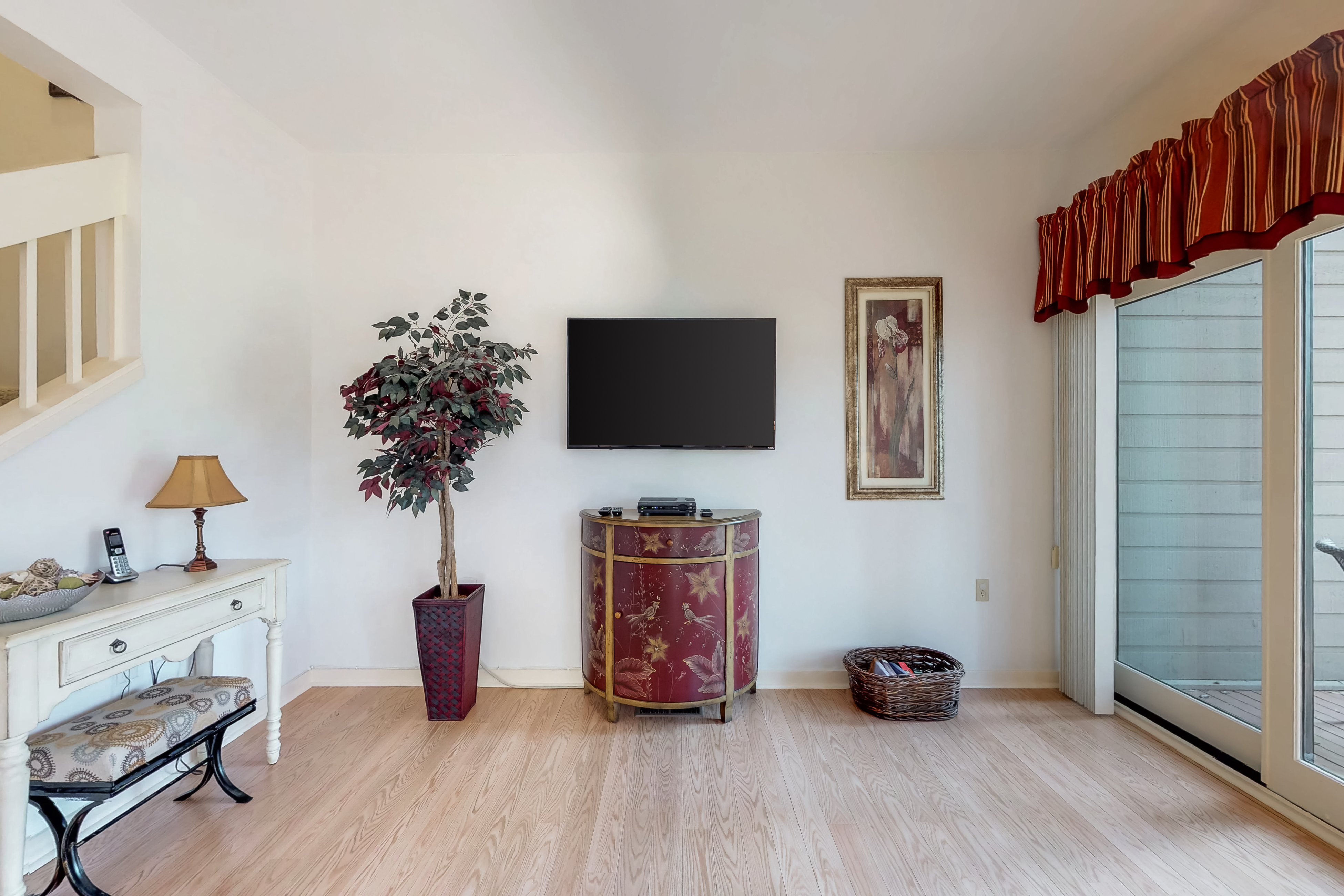 Gleneagle Green 2534 | Photo 6