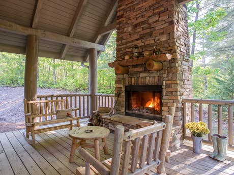 McCaysville Cabin Rentals, Vacation Rentals | Vacasa