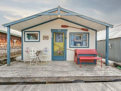 Bayview Vacation Rentals, Cabin Rentals | Vacasa