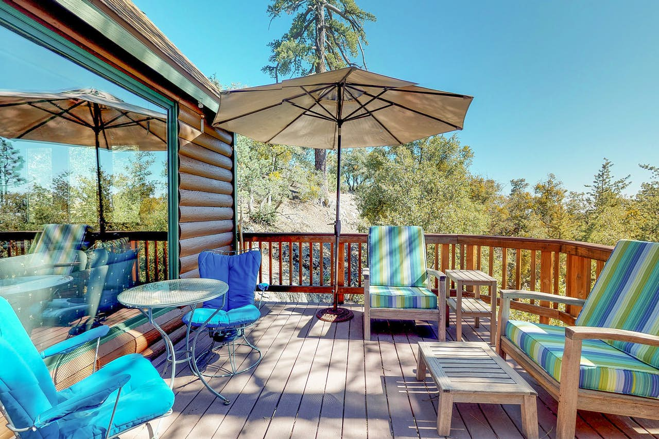 Twin Pine Auto >> The Treehouse | 1 BD Vacation Rental in Idyllwild, CA | Vacasa