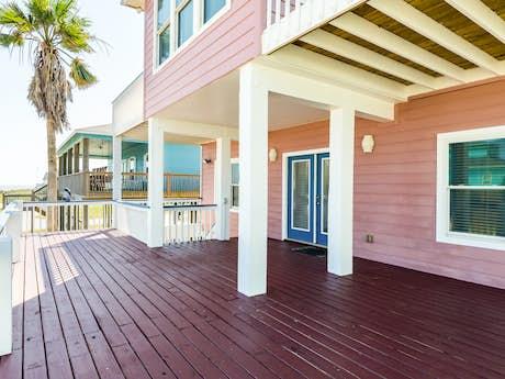 Enjoyable Crystal Beach Vacation Rentals Vacasa Download Free Architecture Designs Viewormadebymaigaardcom