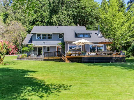 Gig Harbor Vacation Rentals, Vacation Homes | Vacasa