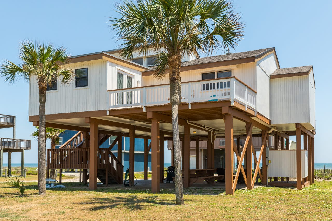 Cool Breezes   3 BD Vacation Rental in Galveston, TX   Vacasa